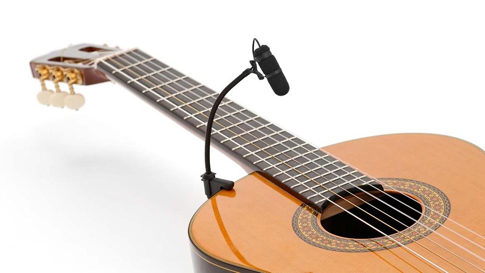 dpa 4099 sur guitare acoustique