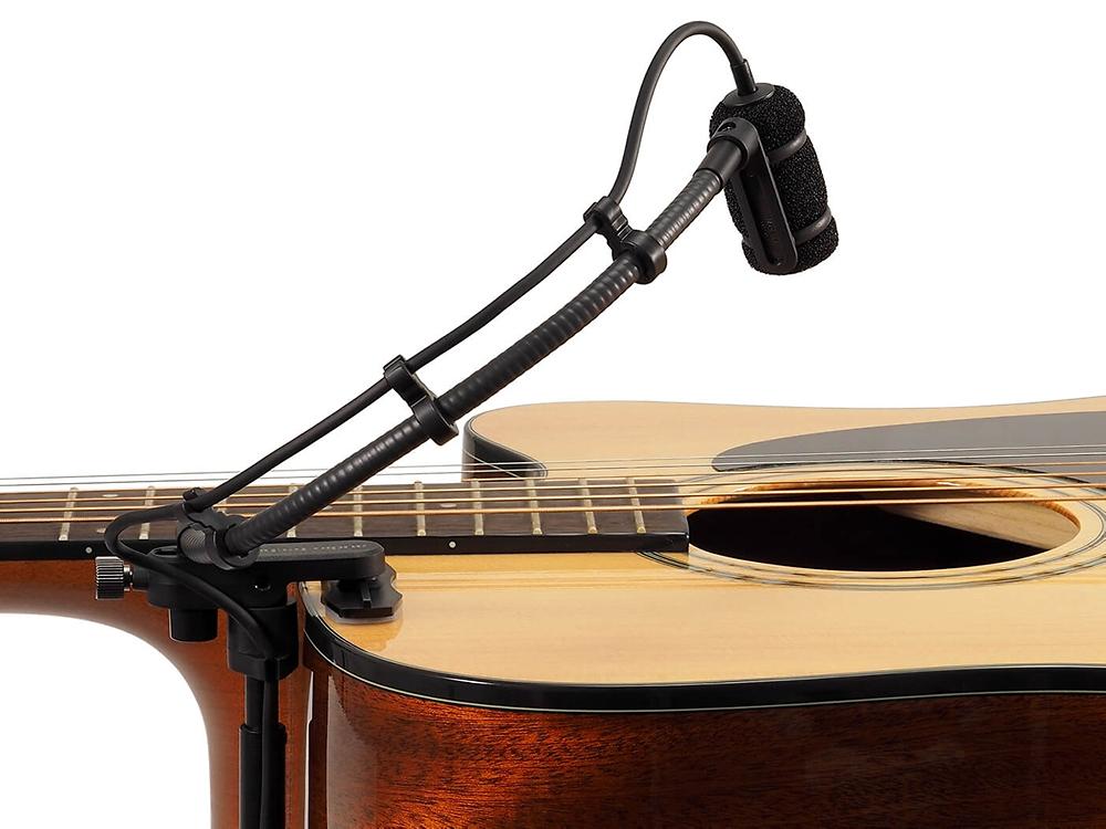 ATM350GL sur guitare acoustique