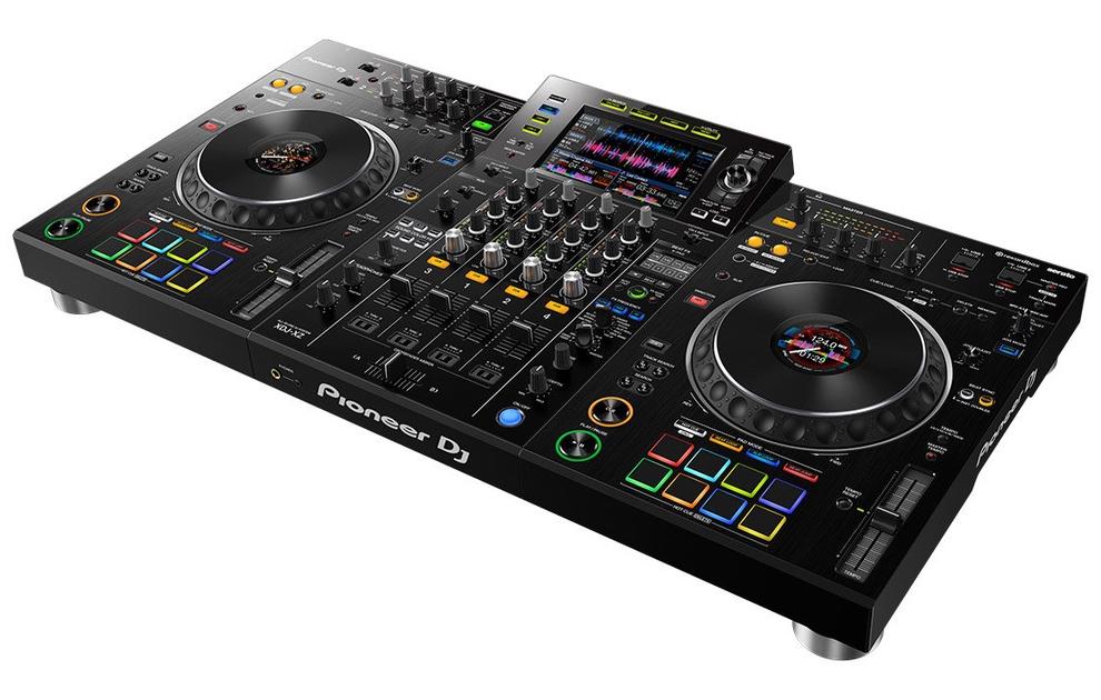 pionner DJ XDJ-XZ serato DJ pro