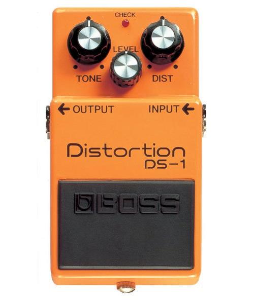 pedale distorsion boss ds1