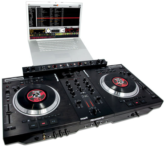 Controleurs DJ USB/MP3 Numark - NS7 FX